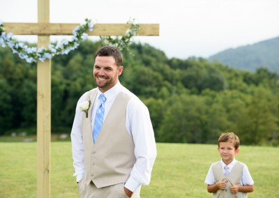 emotional-wedding-photographer-greenville-011