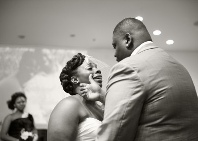 emotional-wedding-photographer-greenville-021