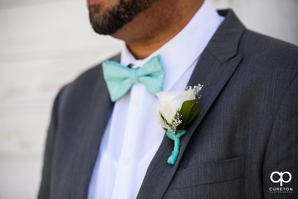 Grooms boutonniere.