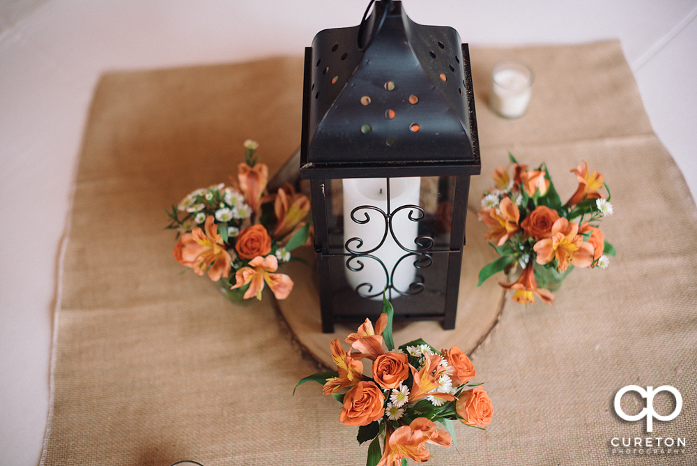Wedding details with florals by Renee Burroughs Design.