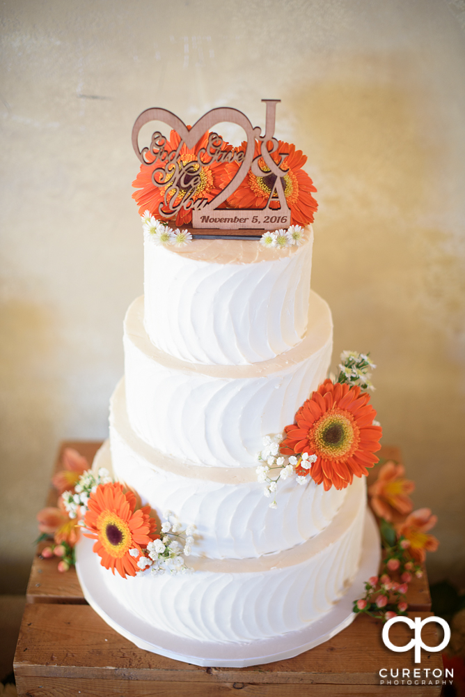 Beautiful cake by Holly's cakes.
