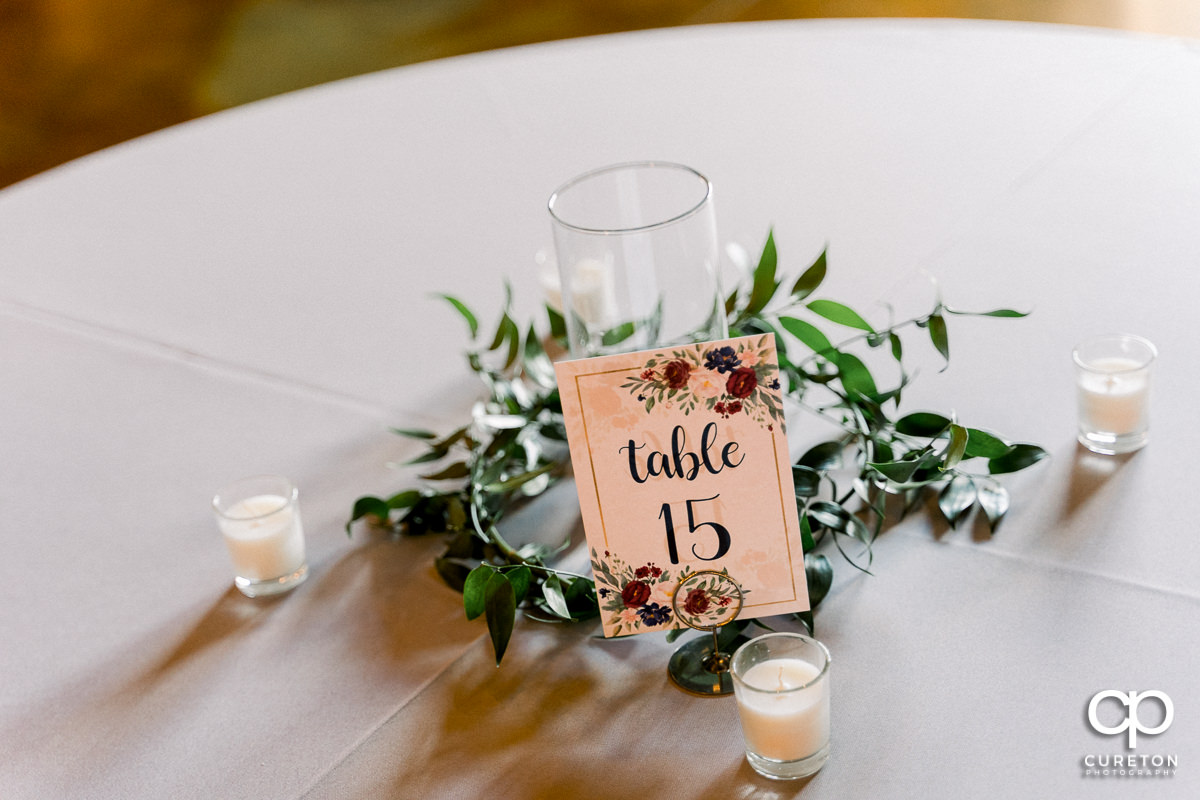 Table decor at the wedding.