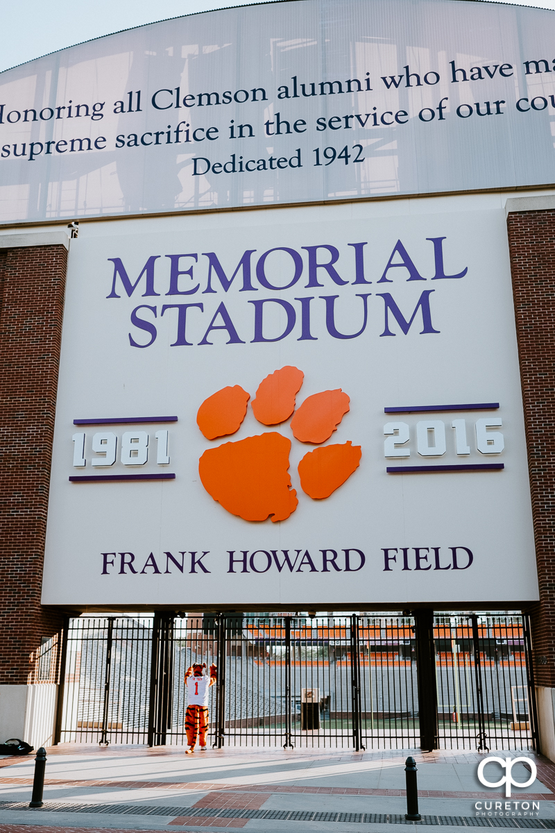 The Clemson Tiger waiting to get in to an empty stadium.