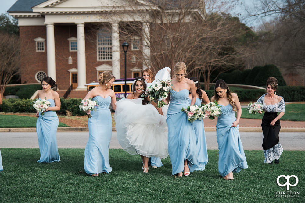 Bride arrives at Furman.