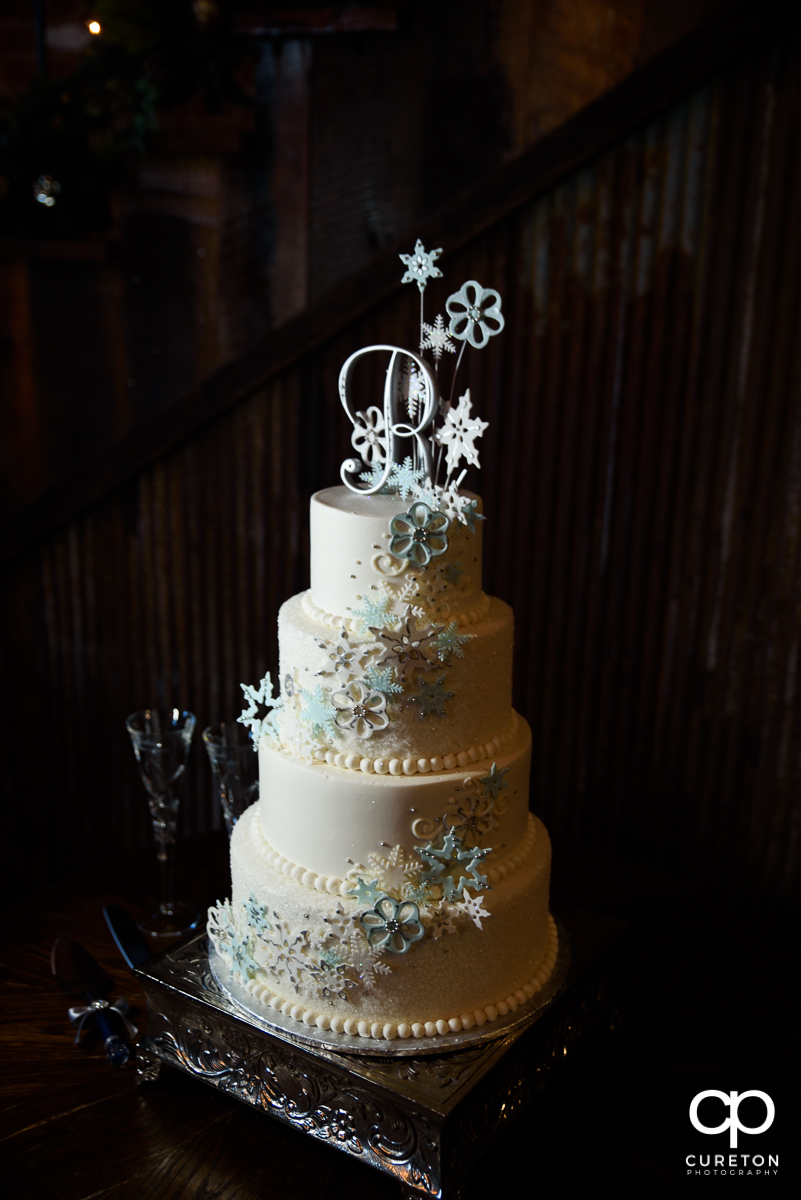 Gorgeous wedding cake by Tasteful Elegance.