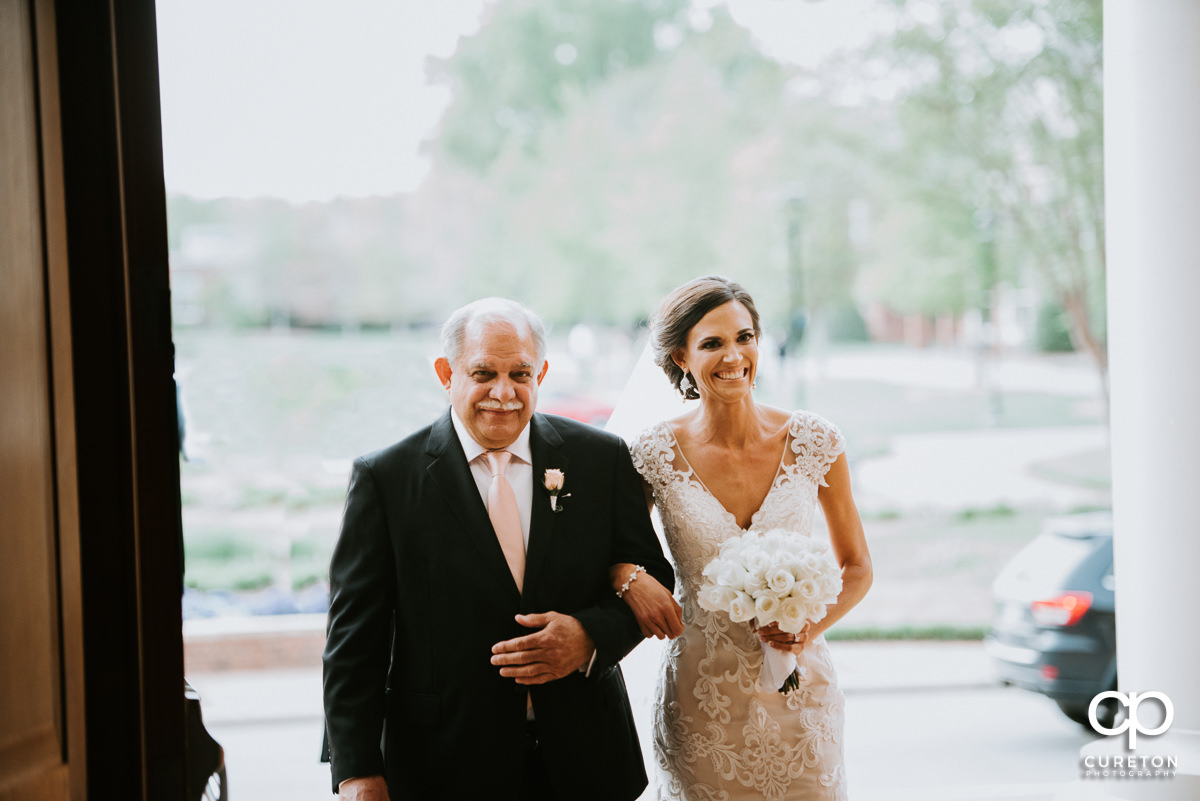 Bride and her father entering Daniel chapel.
