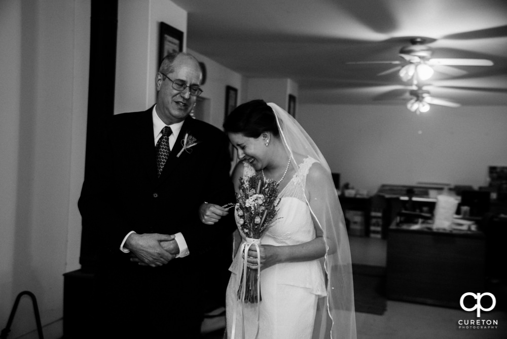Bride and her dad before the wedding ceremony.