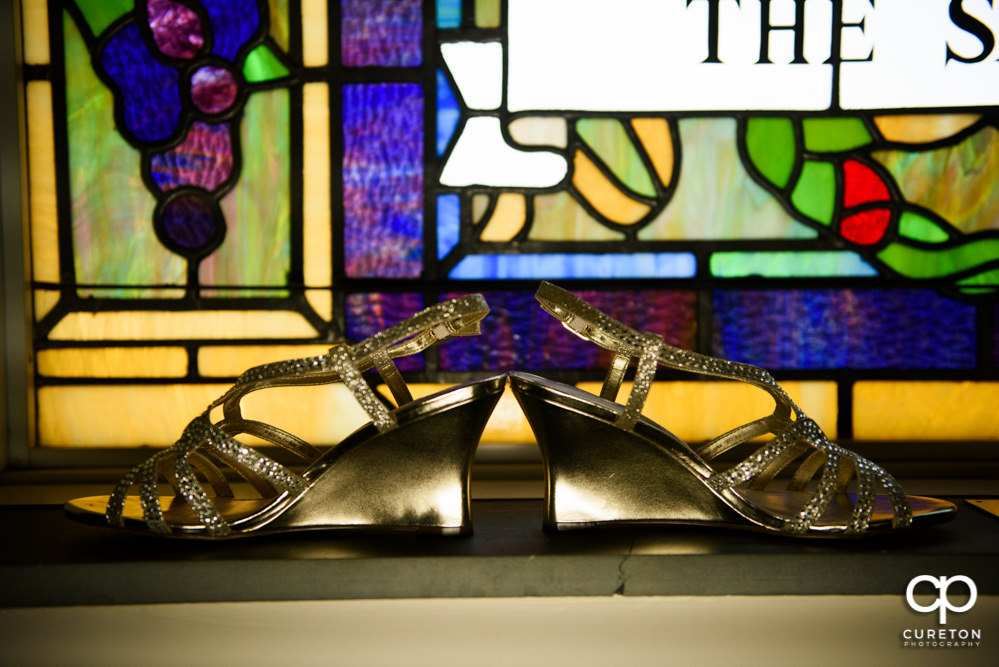 Bride's shoes at Mauldin United Methodist church.