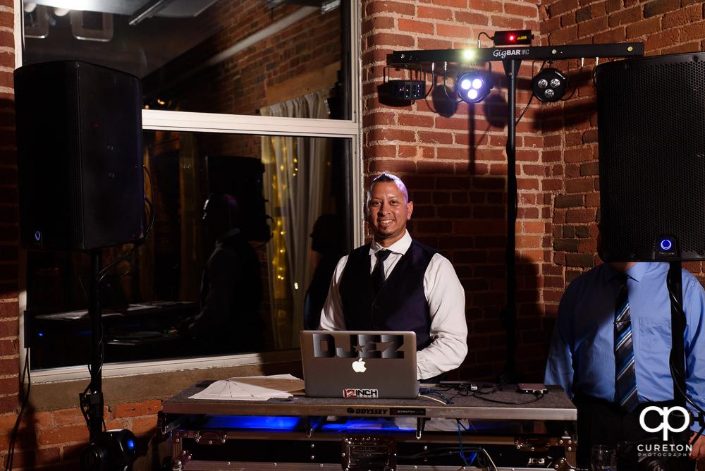 DJ EZ.