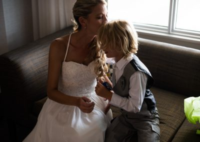 husband-and-wife-wedding-photographers-011