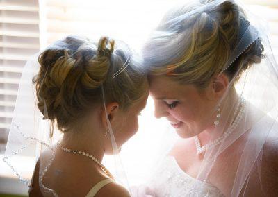 husband-and-wife-wedding-photographers-016