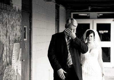 husband-and-wife-wedding-photographers-017