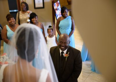 husband-and-wife-wedding-photographers-022