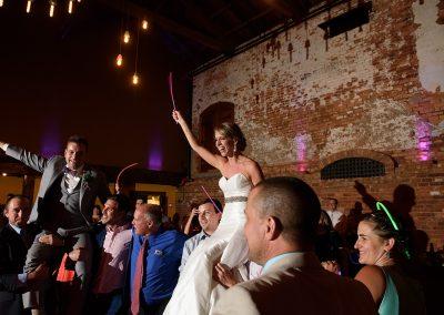husband-and-wife-wedding-photographers-028