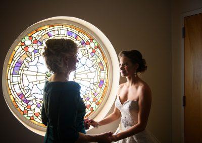 husband-and-wife-wedding-photographers-034