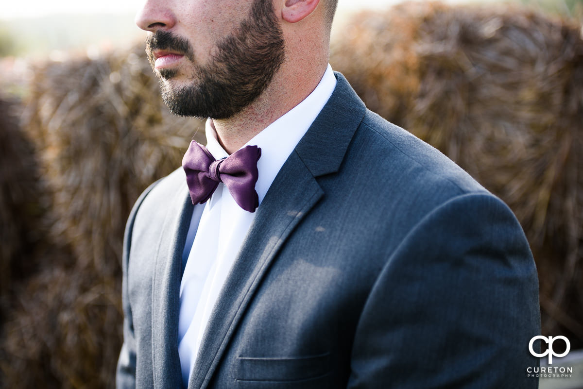 Groom's tie.