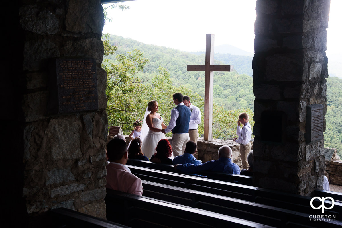 Side view of a Pretty Place wedding ceremony.
