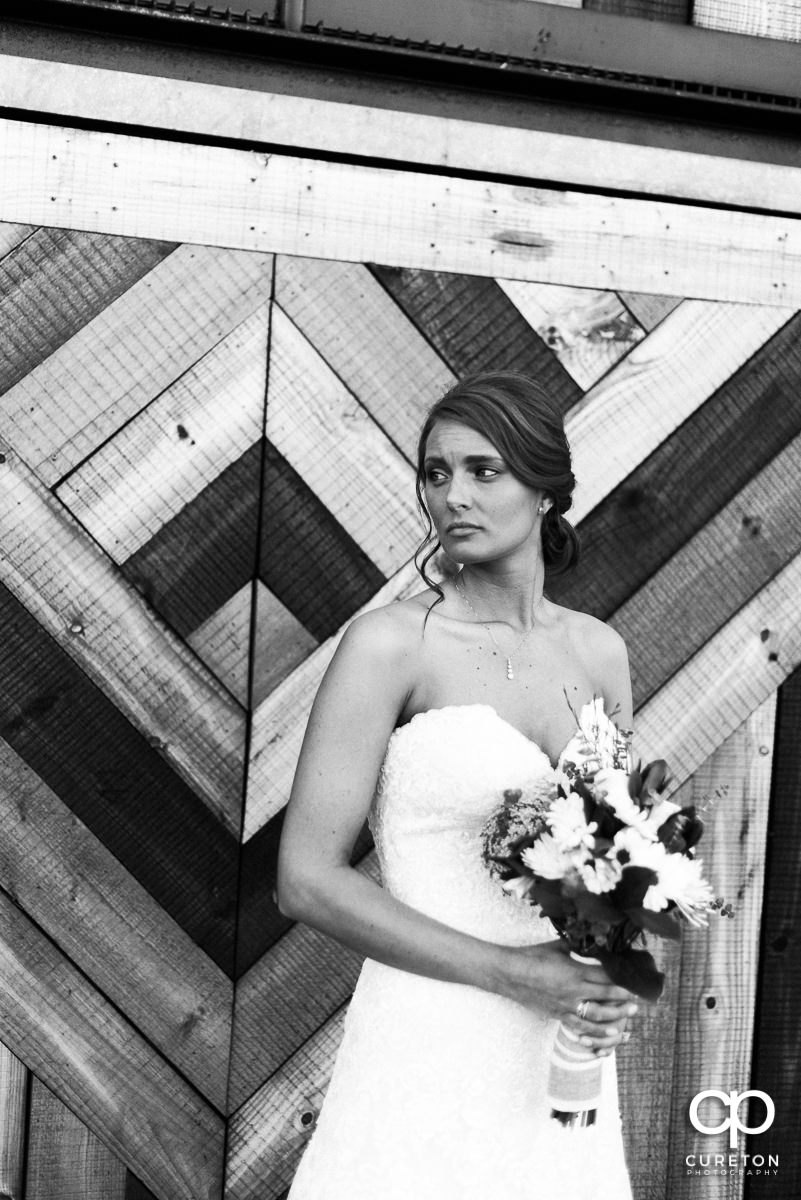 High fashion bride in black and white.