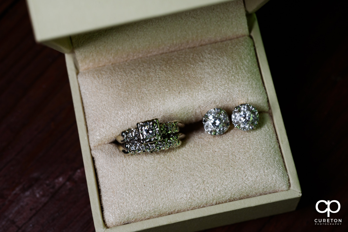 Wedding rings in a box.
