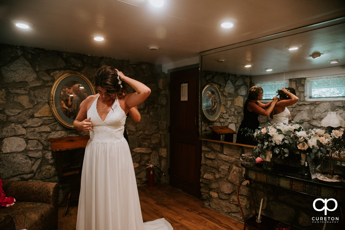 Bride getting ready at Symmes Chapel.