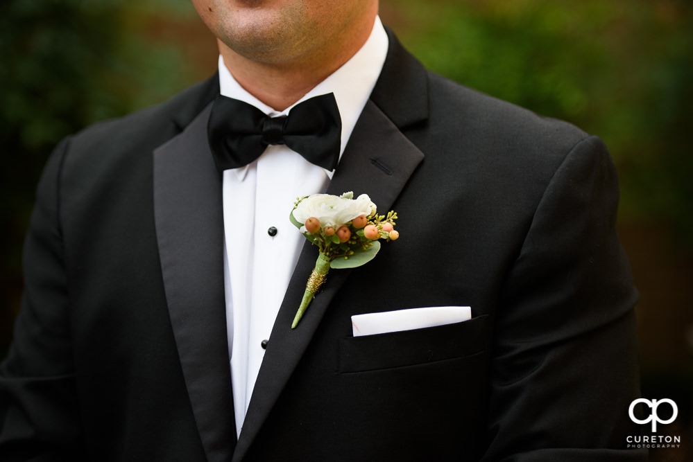 The groom's boutonnière.