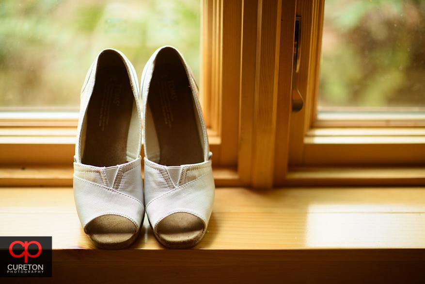 Brides shoes.