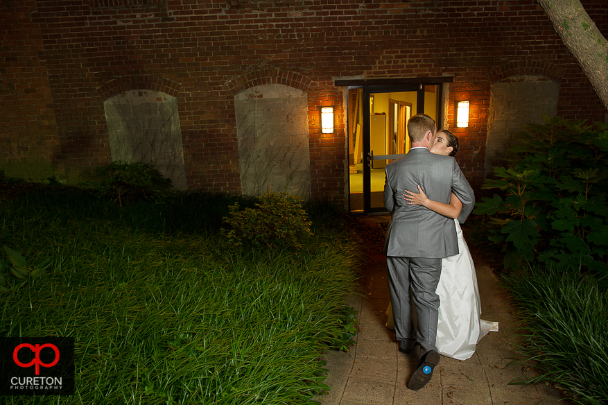 Bride and Groom out side the Huguenot Loft.
