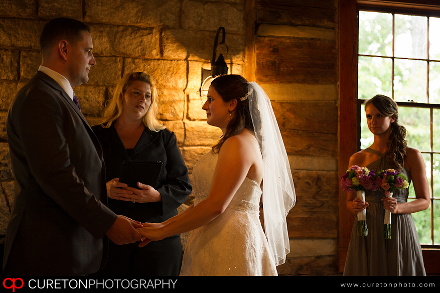 Couple being married at Table Rock Lodge.