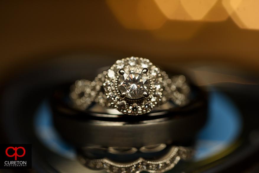 Closeup of the wedding rings.