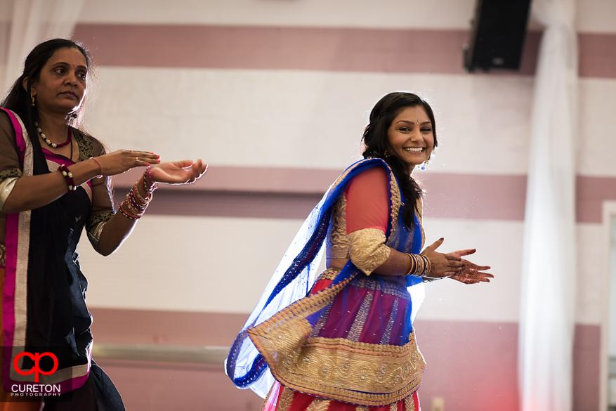 Bride dancing at Garba.