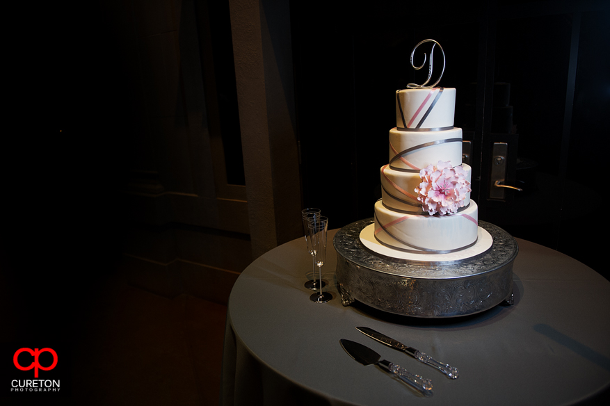 Awesome wedding cake by Buttercream Bakehouse in Greenville,SC.