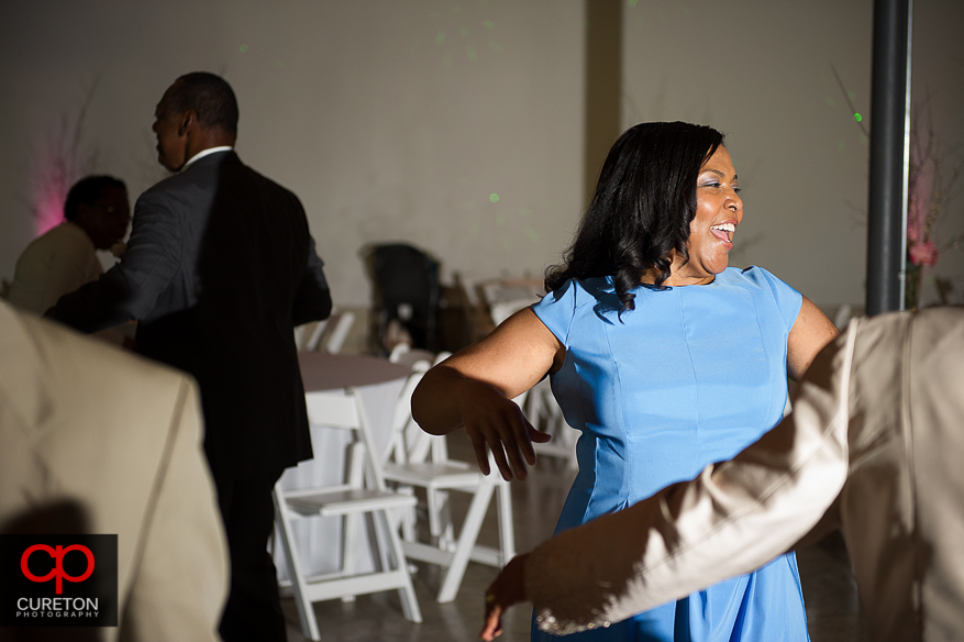 Guests dancing to the sounds of NuSound band.