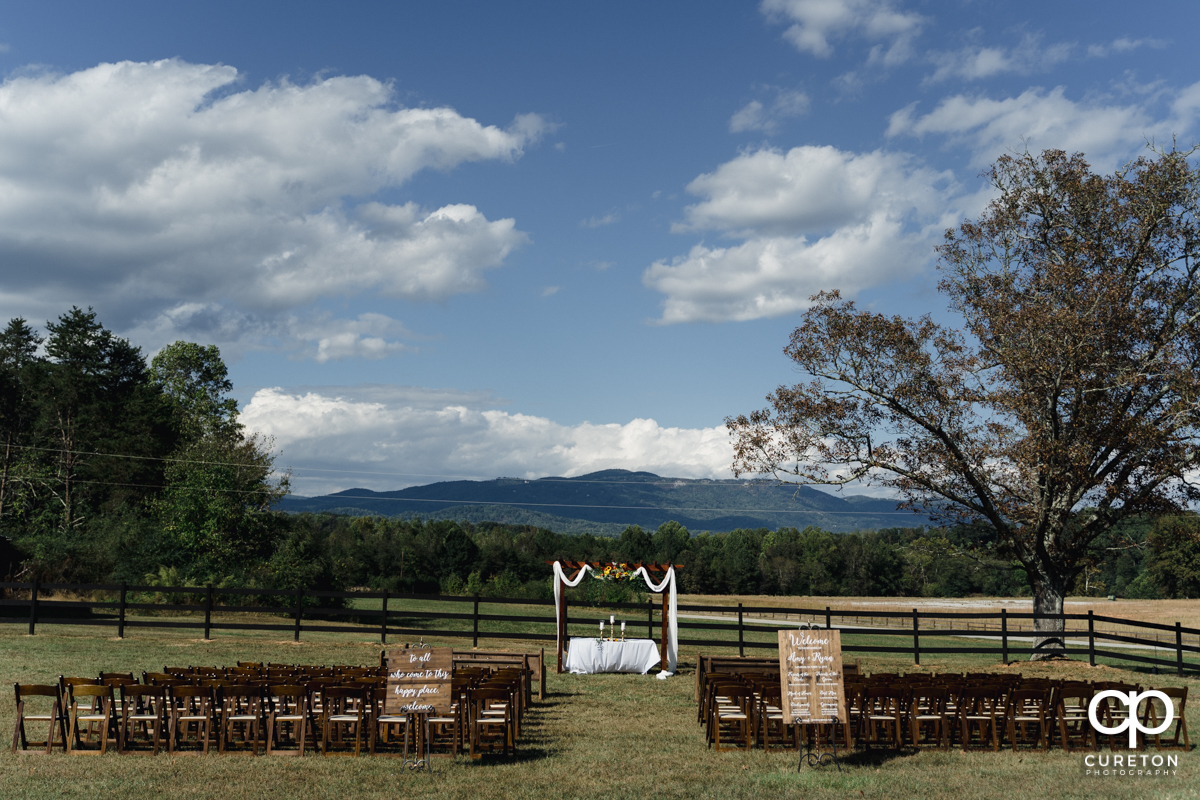 The wedding ceremony site at Famoda Farm overlooking the mountains.