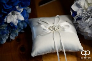 The ring pillow.
