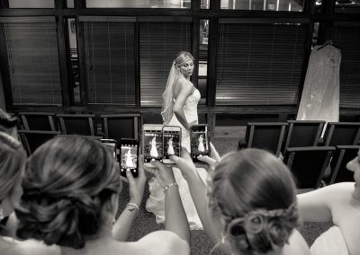 husband-and-wife-wedding-photographers-041