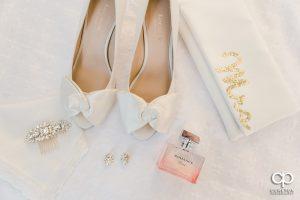 Brides shoes and details.