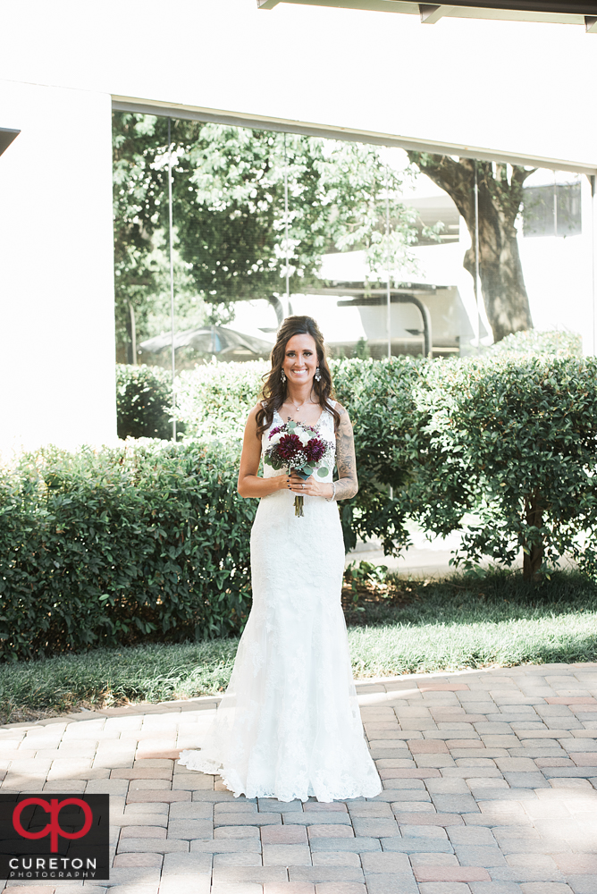 Beautiful bride before her commerce club wedding.