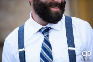 The groom's tie.
